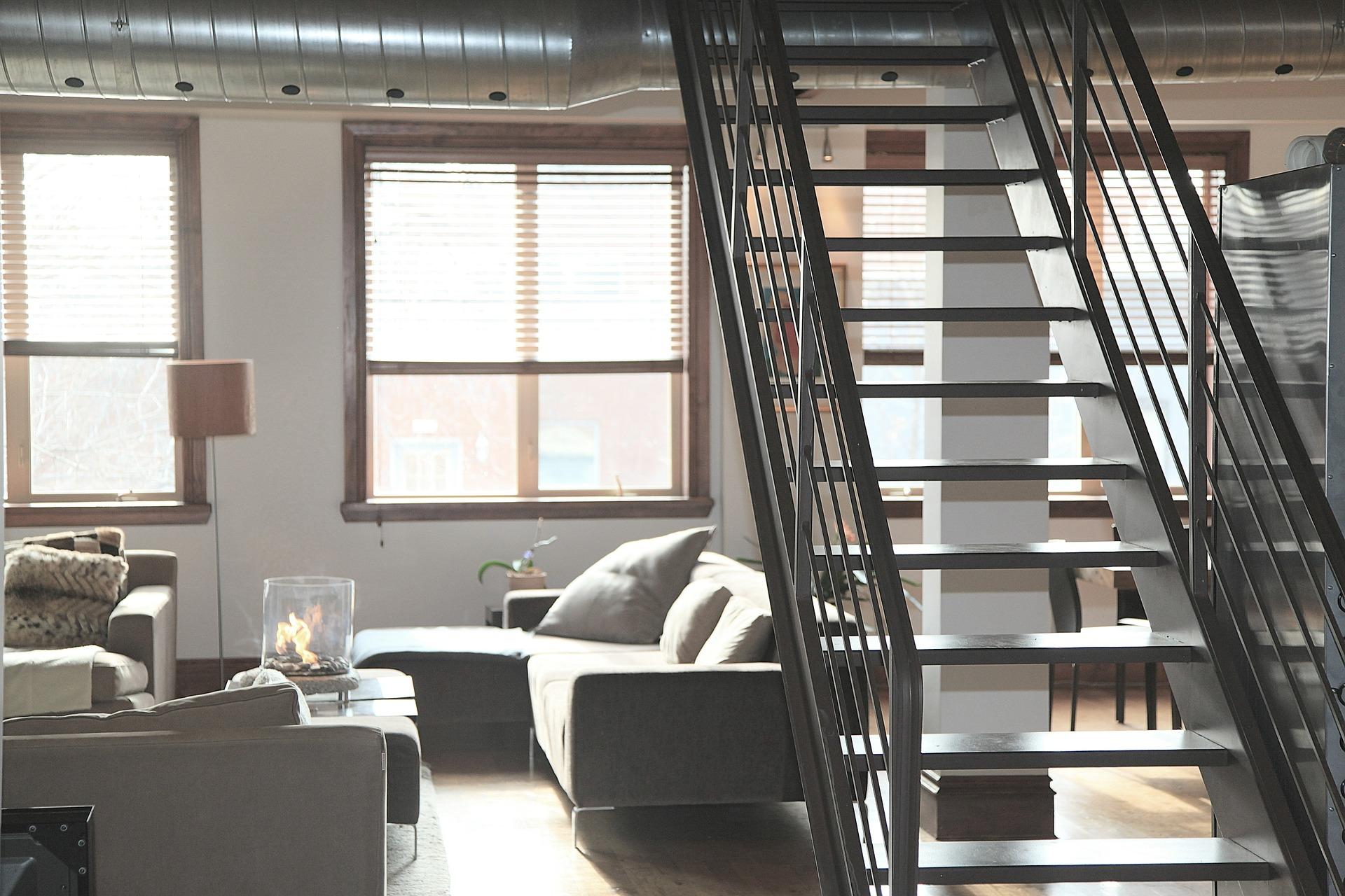 Ocelové schodiště interiér