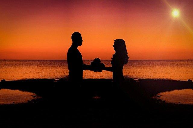 zamilovaní ve tmě